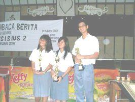 para-juara-lomba-baca-berita-2008.jpg